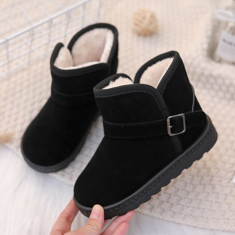 。 Winter childrens snow boots boys 2019 new short boots Plush warm two cotton shoes middle-aged childrens girl Martin