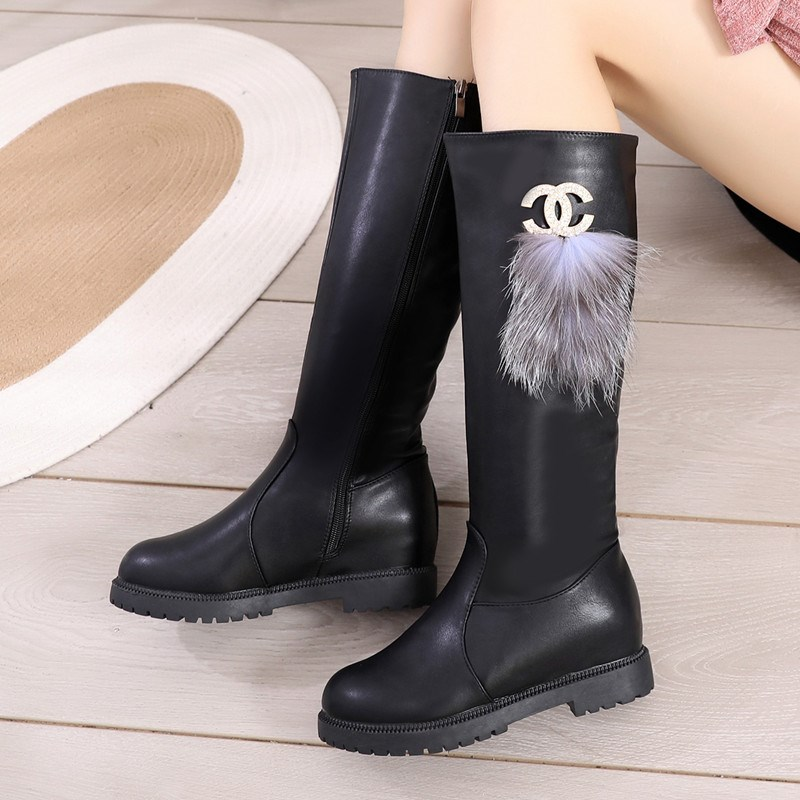 。 Girls long boots with plush winter boots, riding boots, little girls cotton boots, winter middle school childrens high boots, elastic leather