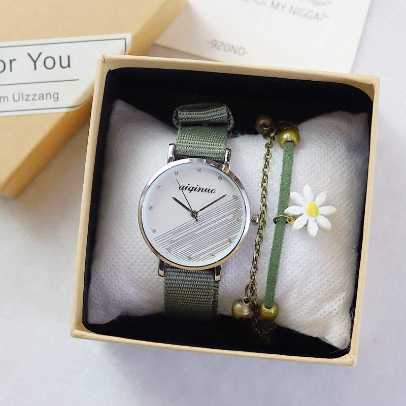 Canvas with watch female ins Fengsen college style middle school student literature and art simple Korean version yuansuo style retro green