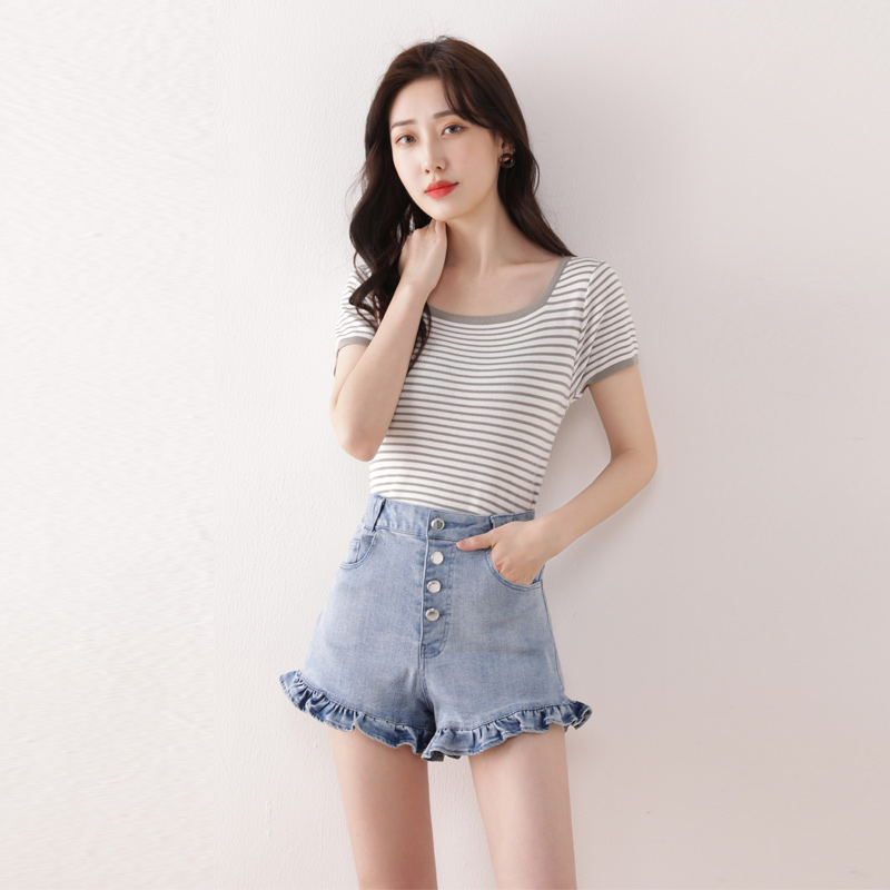Denim shorts womens 2020 summer new Ruffle button hot leg pants high waist loose super short thin hot pants