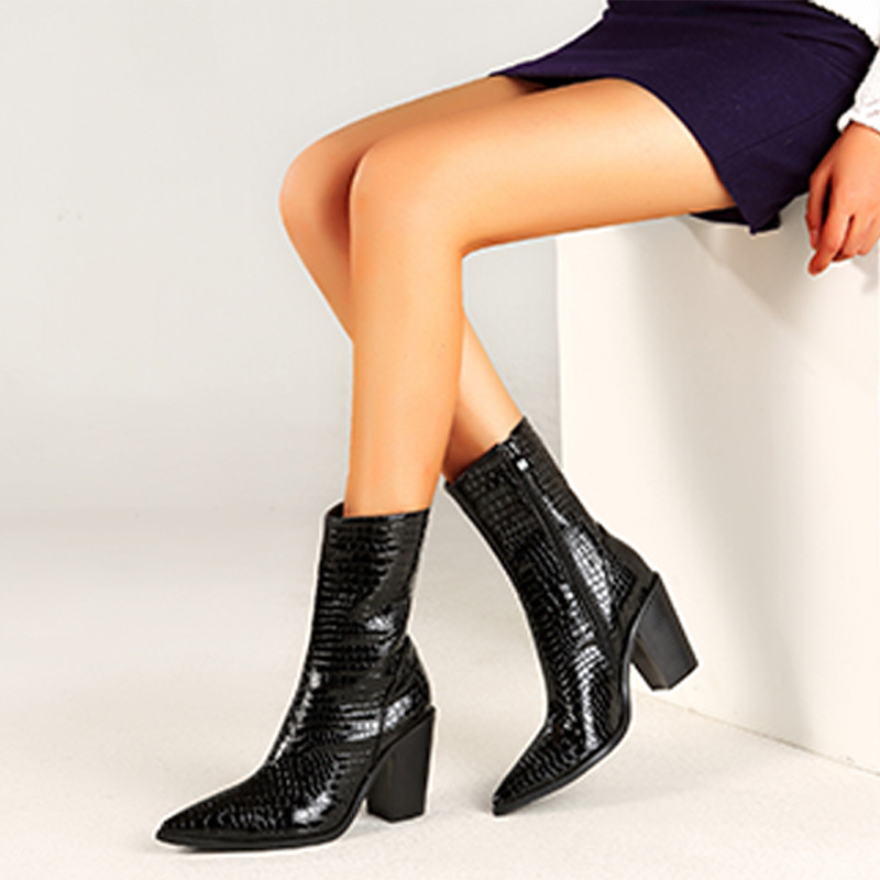 Cross border hot sale of womens boots in autumn and winter