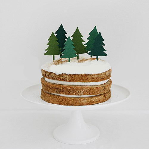 Cute Christmas Cake Desserts, Cards, Cake Room, Christmas Decorations, Deer, Pine Tree