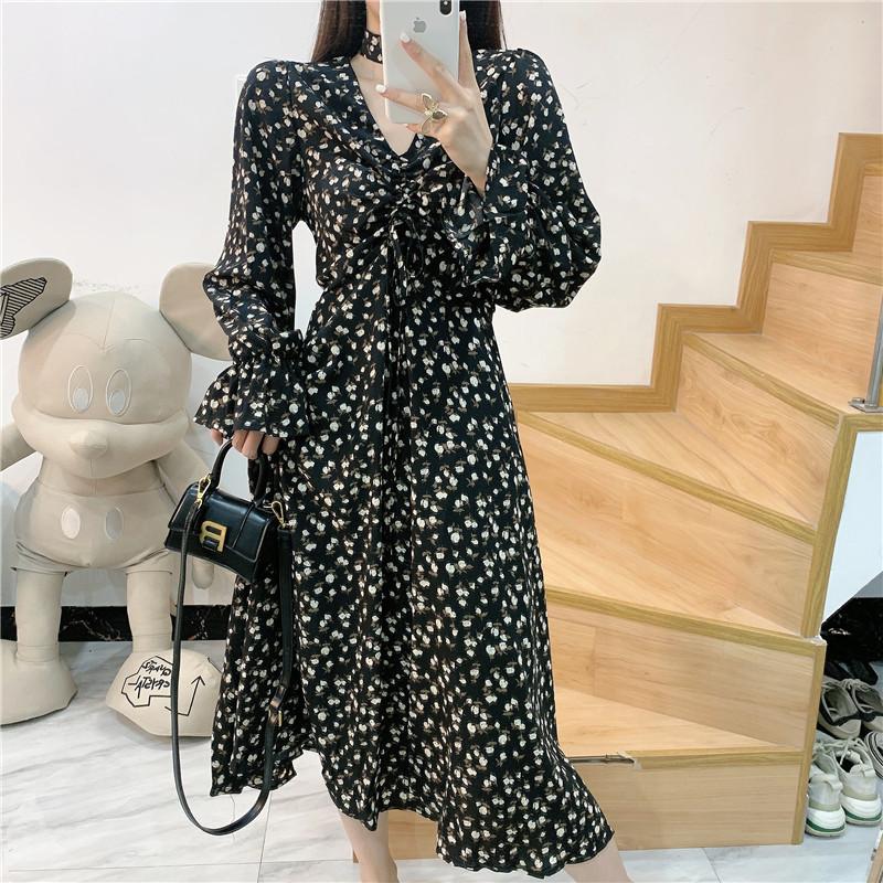 大花媛DHY2020年秋季新款碎花v领收腰气质显瘦喇叭袖长款连衣裙