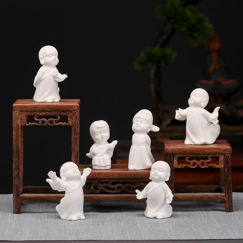 创意白瓷小人物摆件和尚飘逸灵动造景装饰微景观花盆家居摆设配件