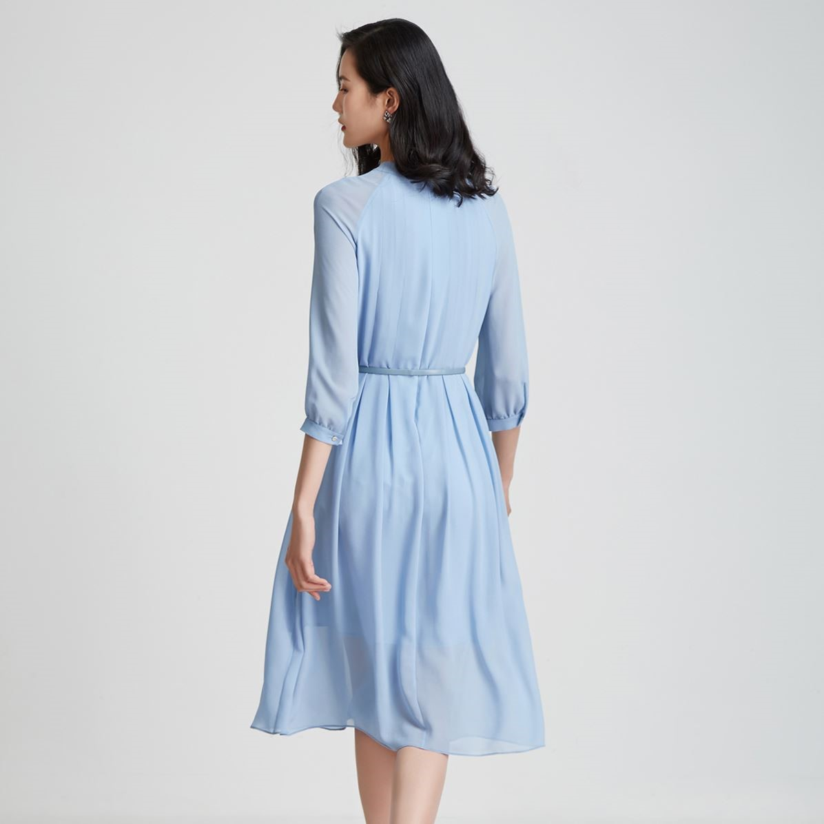 BBLLUUEE/粉蓝衣橱飘带领雪纺连衣裙女2021夏新款七分袖大摆A字裙
