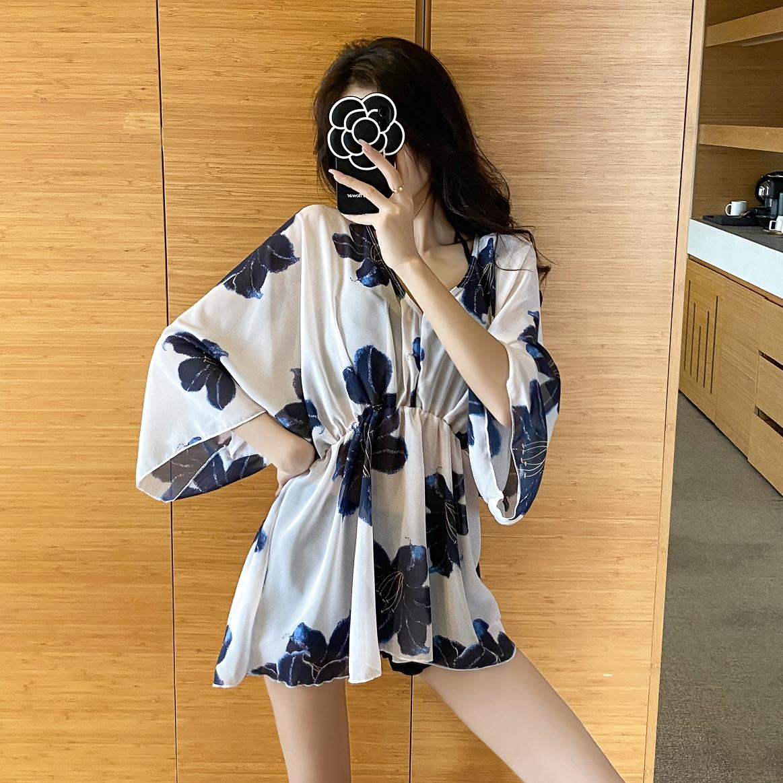 泳衣女三件套罩衫2021新款遮肚显瘦保守学生韩国比基尼性感泡温泉
