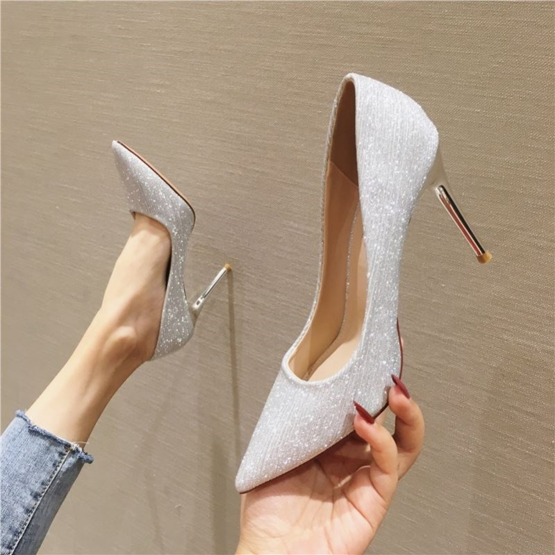 Personalized gold shining fashion shoes niche design temperament versatile autumn and winter pointed frosted high heels Plush