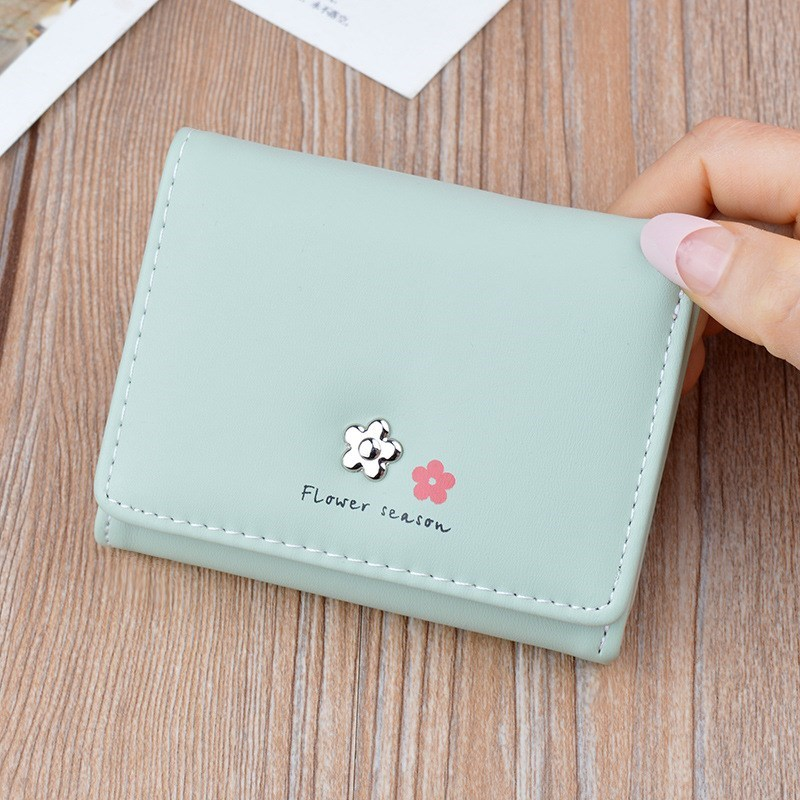 Womens wallet 2020 new 30% off small wallet student Japanese retro short Cute Japanese girl heart
