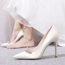 新款皇冠钻扣亮片高跟鞋宴会细跟绸缎白色婚纱新娘鞋2020婚鞋女