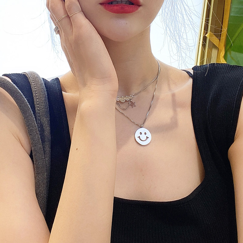 Smile face thick Necklace personality high grade sweater jewelry hanging womens clothing with rotating collar decoration collar accessories