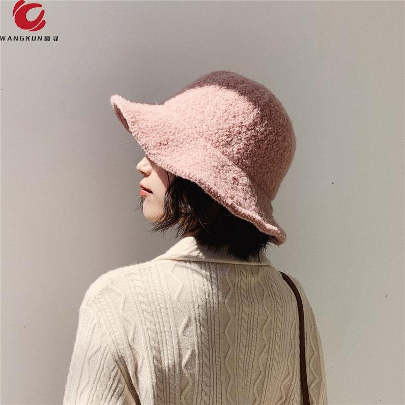。 Sunshade hat fishermans Hat Winter Plush hat net suitable for autumn and winter Korean womens tide lamb round face red versatile