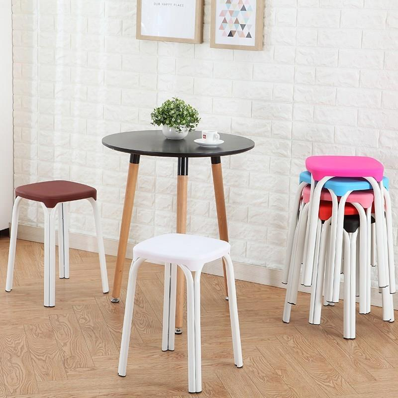 タオバオ仕入れ代行-ibuy99|桌椅|餐厅吃饭板凳简约塑料凳子加厚成人家用叠放客厅餐饮桌椅便携餐凳