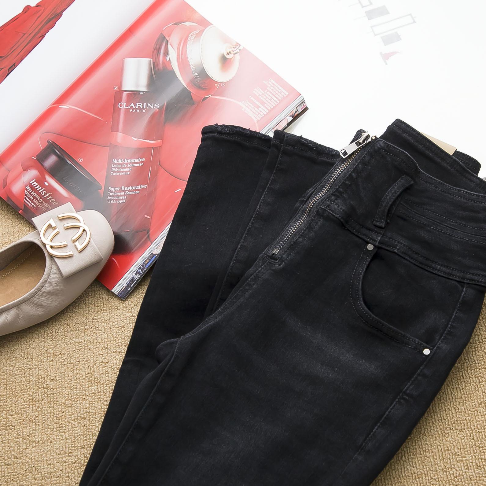 黑色,水洗颜色到位!!!前拉链 高腰牛仔小脚裤女2020年新款