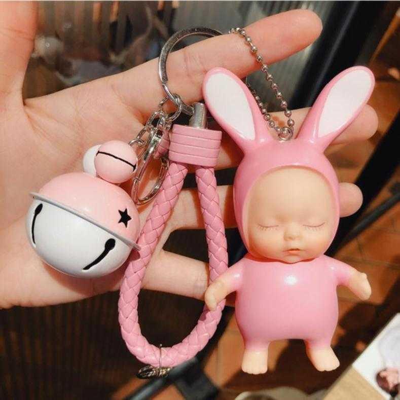 钥匙玩偶挂饰包包小配件潮流可爱创意男生中学生初中生挂件时尚包