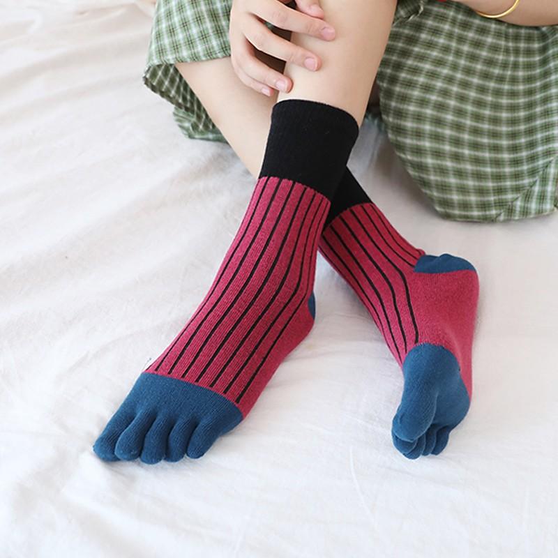 タオバオ仕入れ代行-ibuy99|五指袜|2双装 秋冬纯棉五指袜女全棉中筒袜竖条纹拼色分脚趾袜子分趾短w