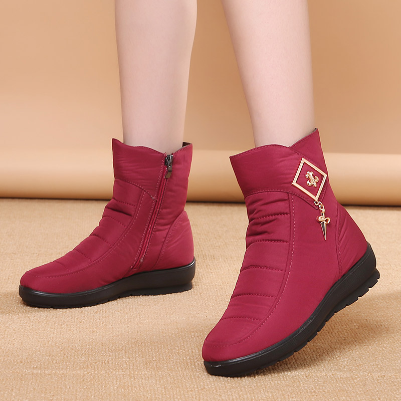 Winter snow boots womens plush and thickened new mid-range waterproof, antiskid and warm middle-aged and old mothers cotton shoes in 2020
