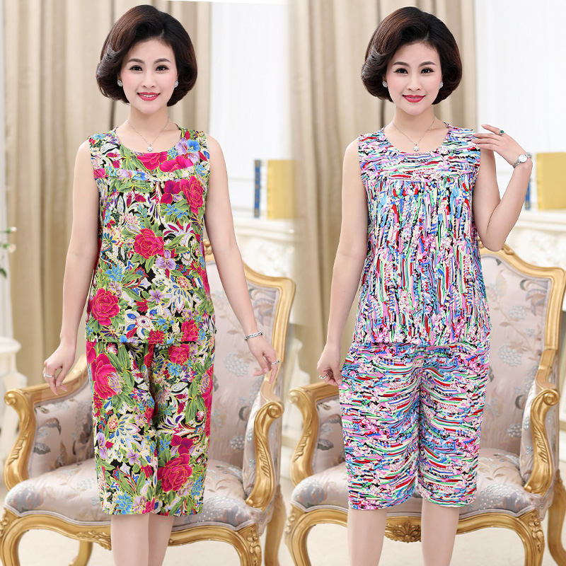 Mothers day to buy mothers color suit 2 sets of vest T-shirt shorts upper and lower clothes middle-aged and elderly womens wear