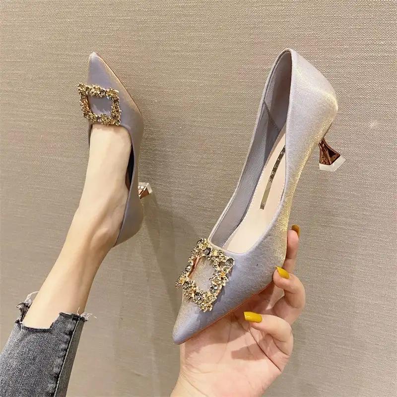 足姿2021夏季新款女鞋时尚水钻方扣高跟鞋媚细跟尖头浅口单鞋5cm