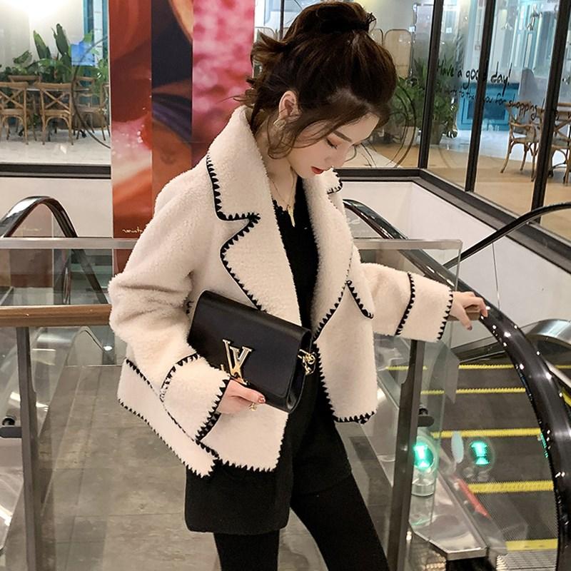 西装外套女秋冬2020新款宽松小个子短款夹克加厚羊羔毛绒斗篷大衣