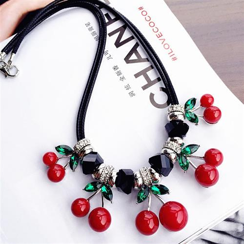 2020 Necklace womens short l-string accessories versatile shirt crystal with collarbone simple new blue