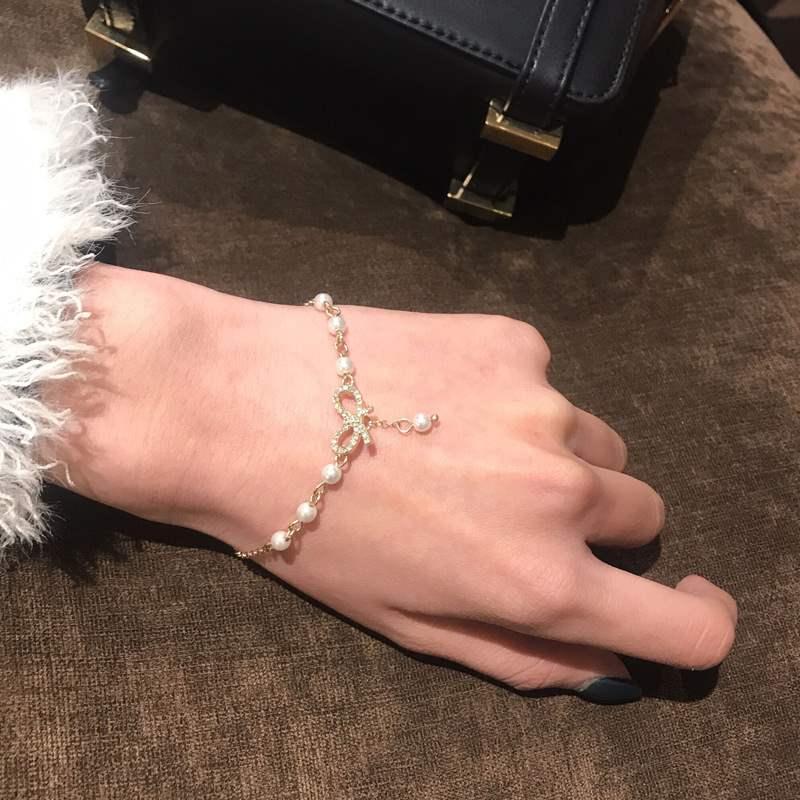 少女蝴蝶结手链 可调节甜美珍珠手镯 学生镶钻服饰配饰手串