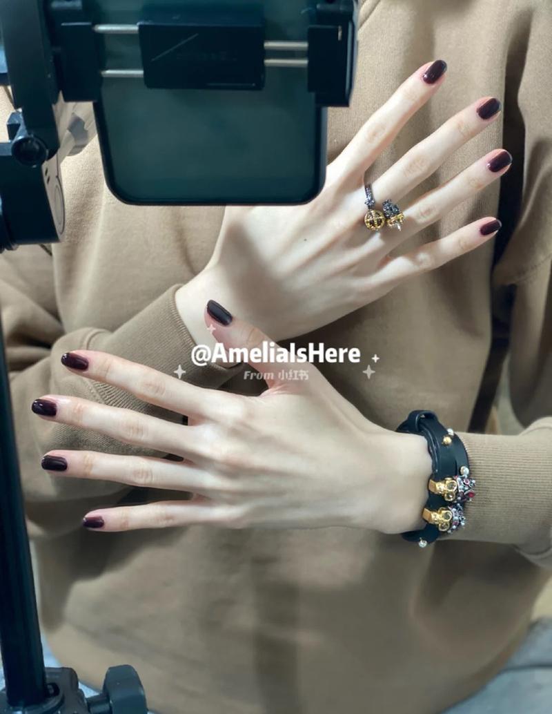 局部焦点王一博肖战同款戒指骷髅设计复古精致镶钻开口双色