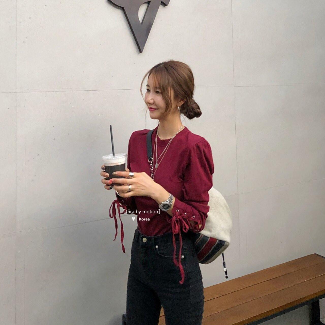 韩国女装新款 TOPDRESSING 袖子交叉系带流苏垫肩纯色圆领打底T恤