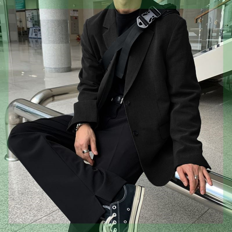 2021 small suit coat mens spring and autumn new light cooked wind single breasted thin Korean mens casual suit top