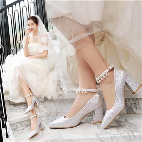 。 Crystal wedding shoes female 2021 new silver high heels thick heels wedding dress shoes bride shoes t large x wedding shoes companion