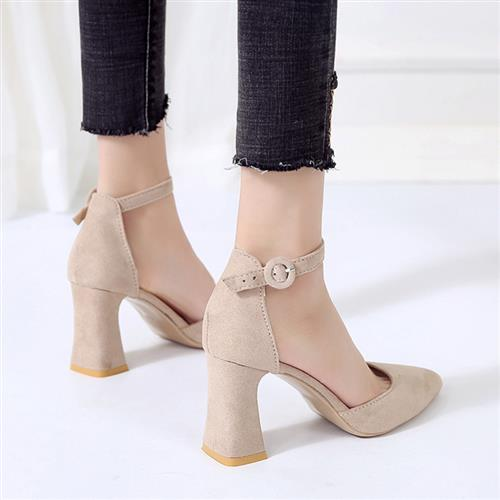 I2021 spring new one line buckle pointed high heeled shoes thick heel I sandals womens bag head hollow suede Korean version
