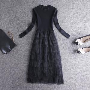针织连衣裙女装秋冬季2020新款潮网纱中长款蛋糕过膝打底毛衣裙子