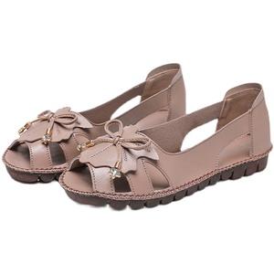 妈妈2021年新款真皮软底舒适凉鞋