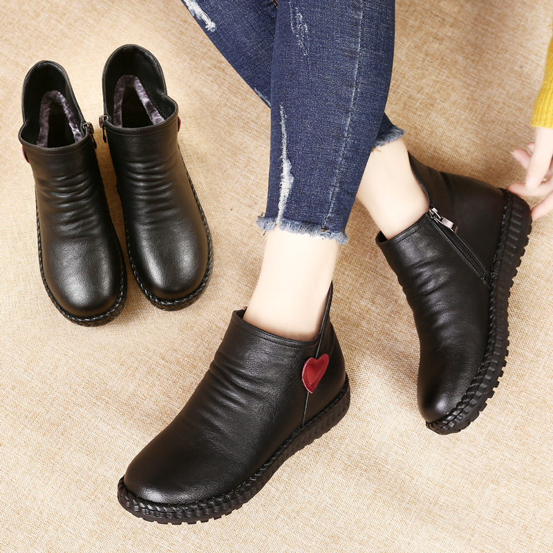 女鞋子2018冬季妈妈鞋棉鞋加绒保暖平底防滑中老年人短靴中年女靴
