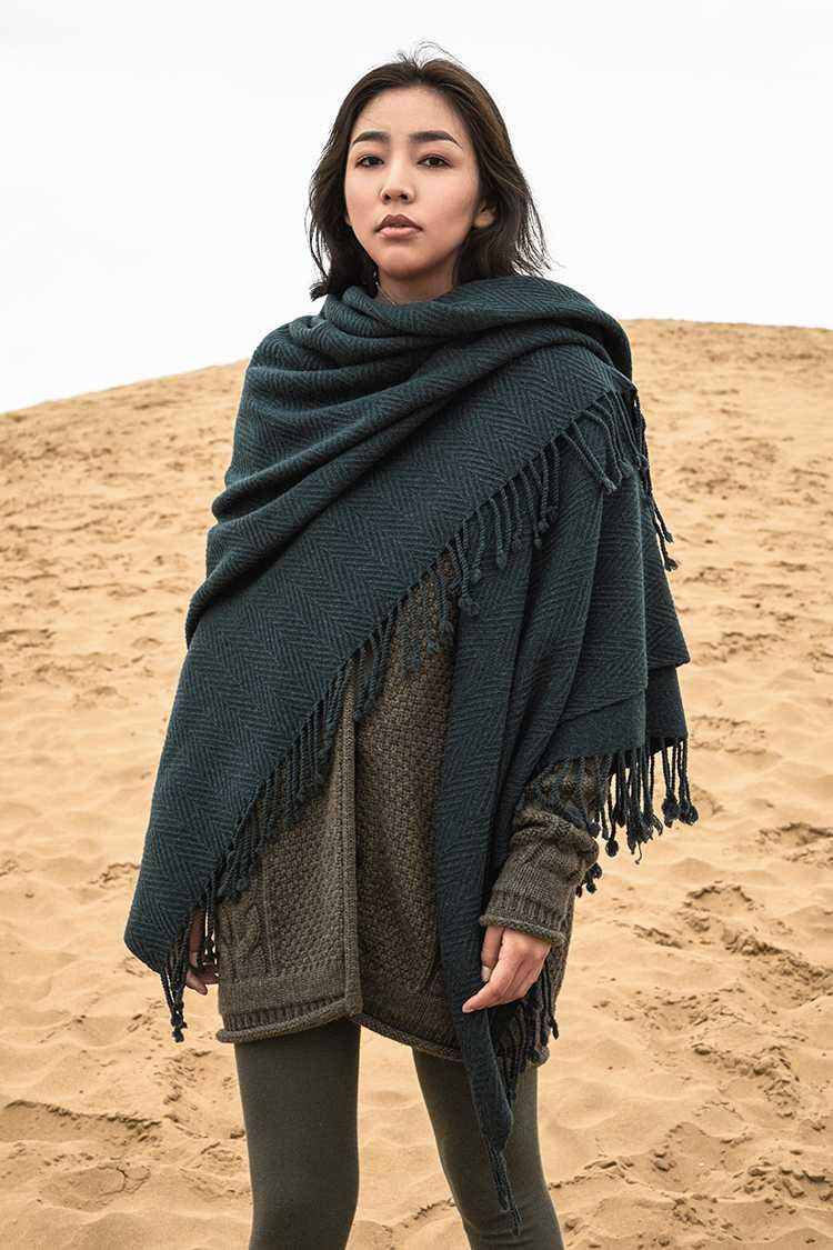 Wrapped up in fashion ~ cuckoo green! New super heavy herringbone fine wool scarf / shawl in autumn and winter of 19