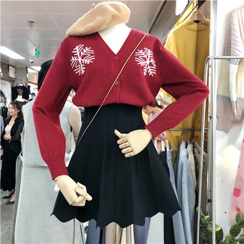 新品2018新款雪花V领针织开衫外套ins超火毛衣女复古
