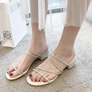 2019夏新款水钻凉鞋中跟粗跟一字带两穿拖鞋仙女风高跟鞋罗马女鞋