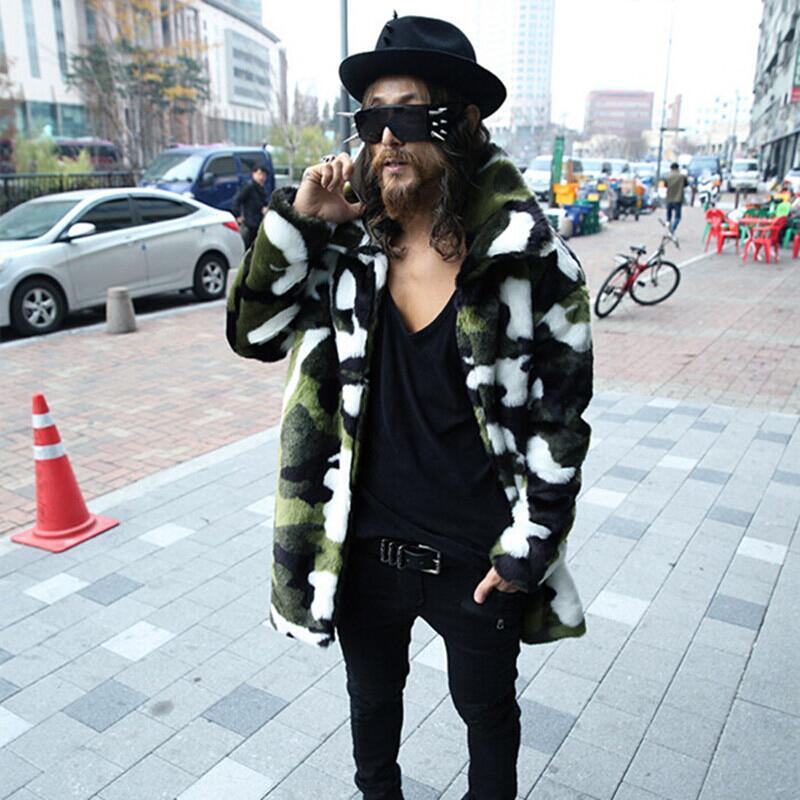 Autumn and winter mens imitation fox fur grass coat fashion Korean version of mid long camouflage casual coat warm windbreaker lovers