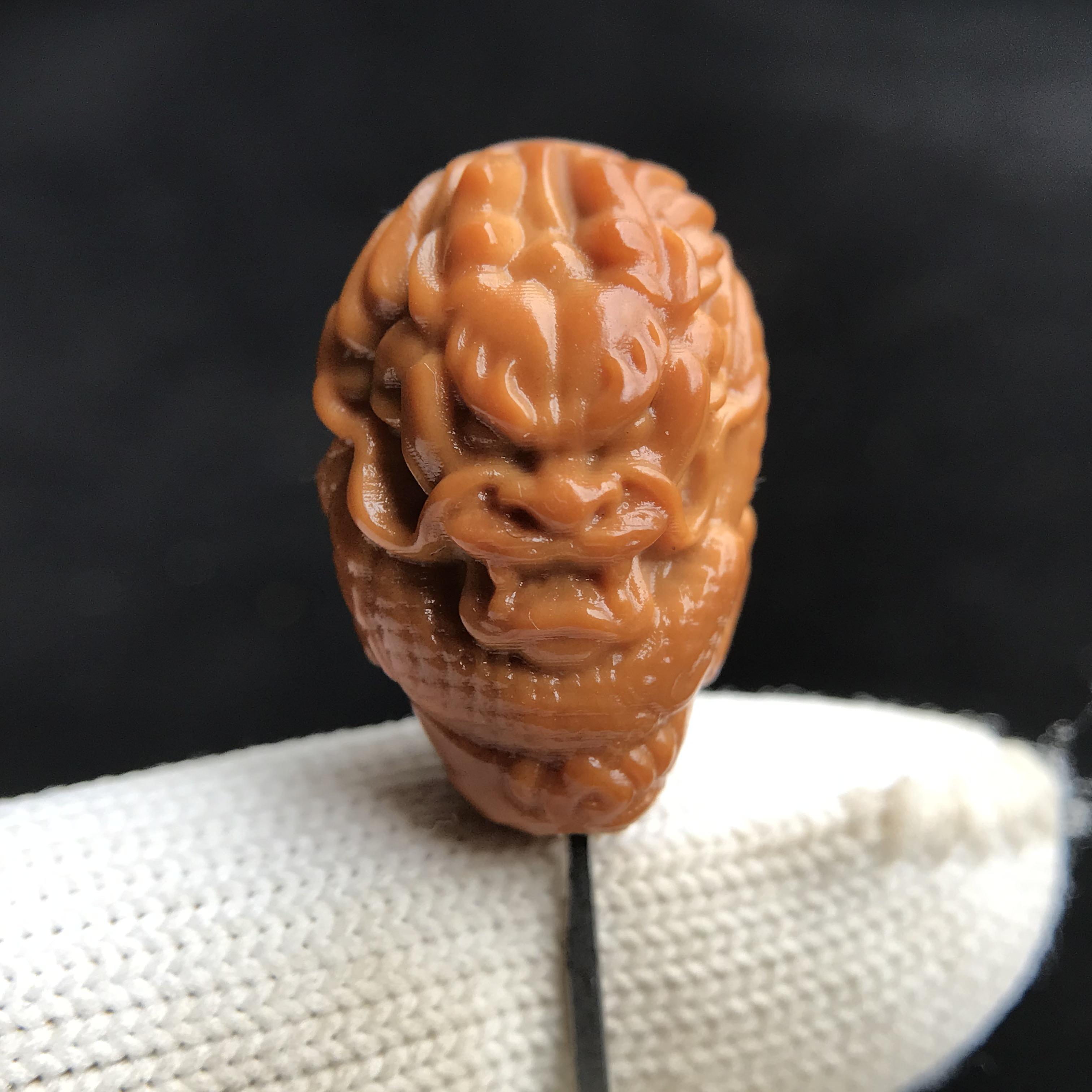 Разные сувениры из косточек фруктов Артикул 598017247411