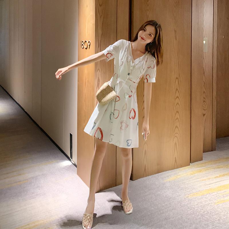 热销0件不包邮很仙的法国小众雪纺连衣裙2019新款夏小清新甜美裙子仙女超仙森系