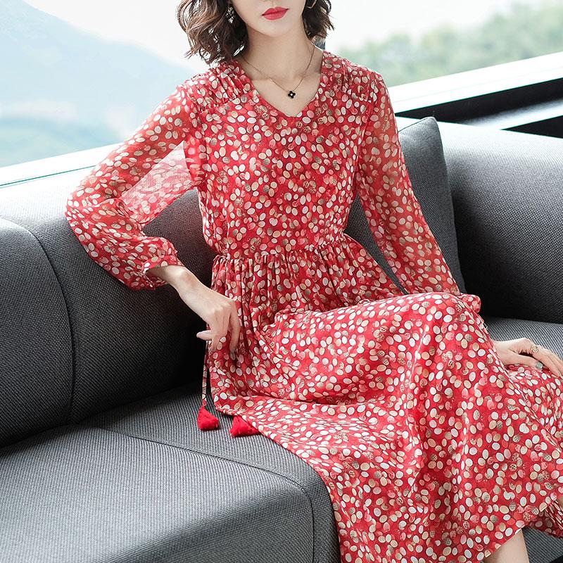 杭州真丝连衣裙女春夏2020新款长袖桑蚕丝波点印花修身显瘦中长裙
