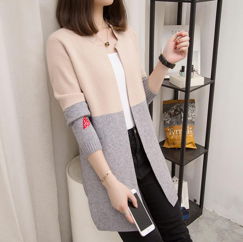 Spring 2020 new womens sweater coat womens loose Korean version versatile medium length color matching knitted cardigan looks thin