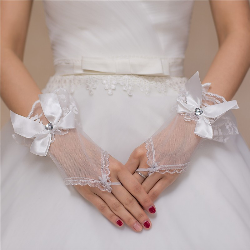 Style Bridal lengthening gloves short white five finger lace hook finger wrap finger Wedding SATIN Gloves wedding celebration
