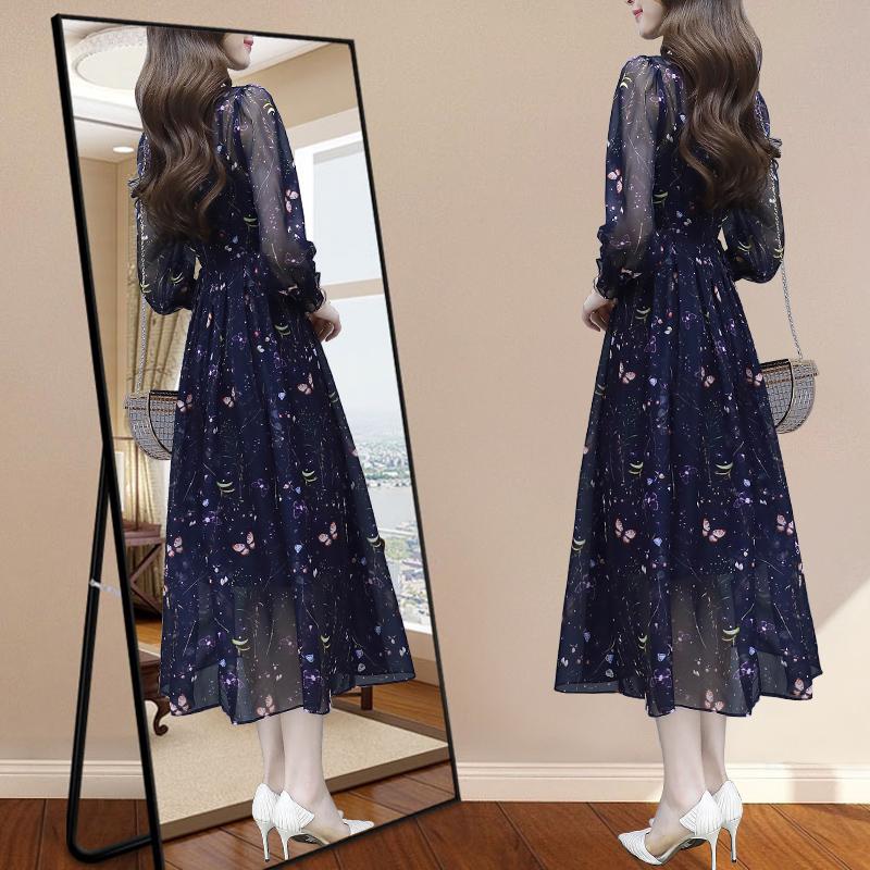 碎花雪纺连衣裙流行女装2020年春装新款气质收腰显瘦春季长袖裙子