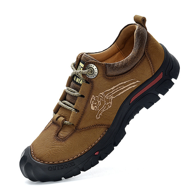Spring and autumn mountaineering shoes for men and women waterproof, antiskid and wear-resistant low top leather travel shoes desert outdoor shoes mountain climbing hiking shoes