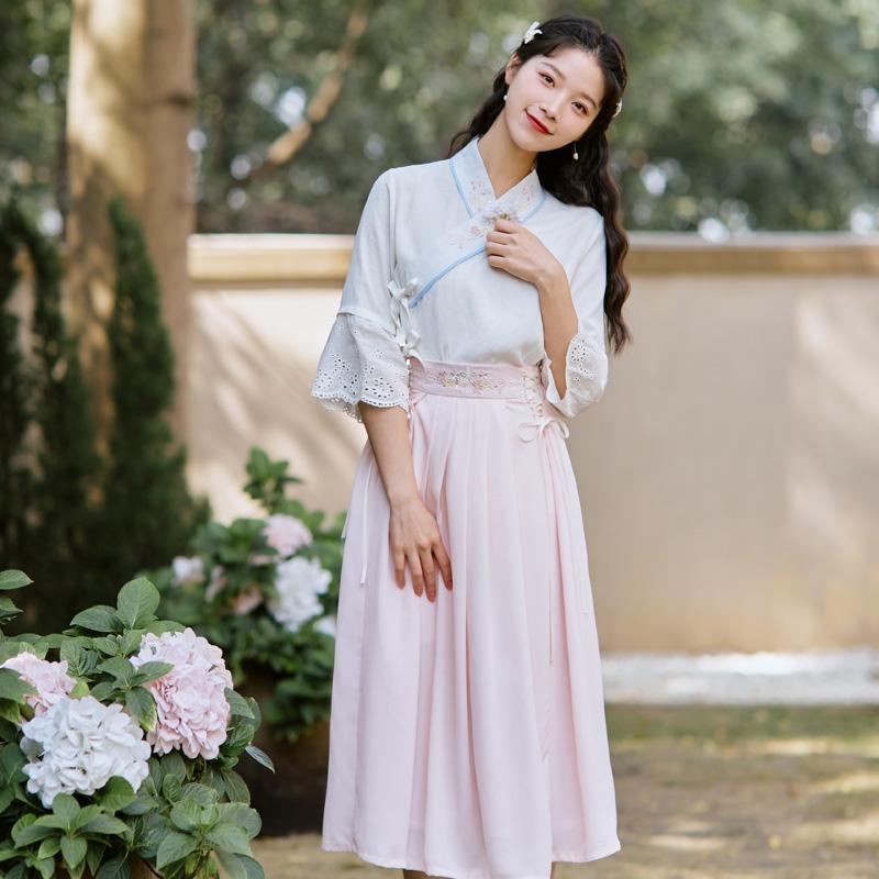 61050复古文艺风夏装汉元素改良汉服女绣花上衣喇叭袖中长裙 套装