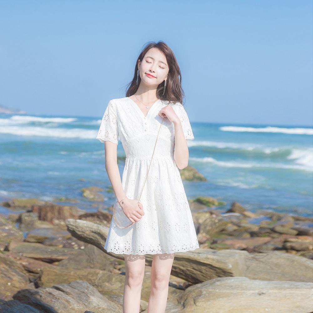 2019夏季新款修身显瘦小清新沙滩裙10-14新券