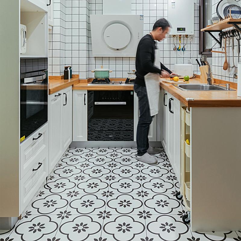 黑白小花磚300×300廚房瓷磚北歐衛生間地磚背景牆餐廳樓梯地板磚