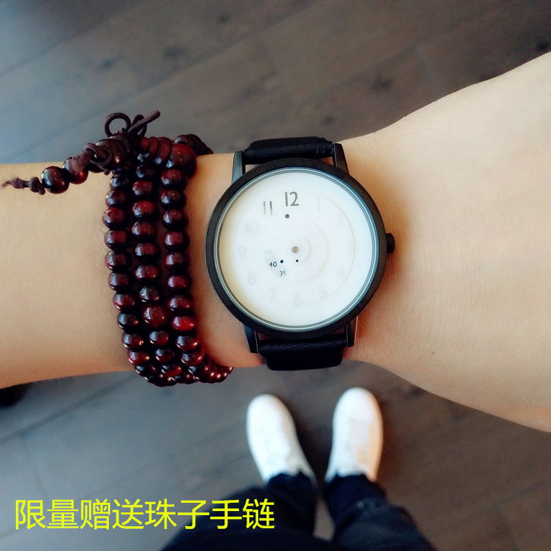 Personalized watches for male and female students fashion creativity Korean version simple trend ulzzang youth couple concept table