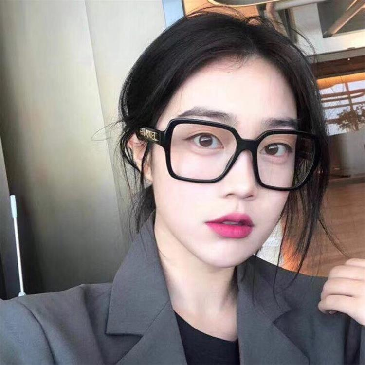 Anti blue light radiation large frame net red glasses womens Little Red Book tide personality ins flat light glasses frame Xiaoxiang same style