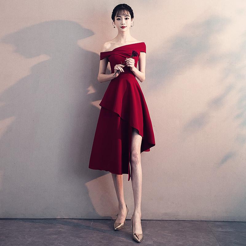 平时可穿新娘敬酒服2021新款一字肩红色回门订婚结婚小晚礼服裙女